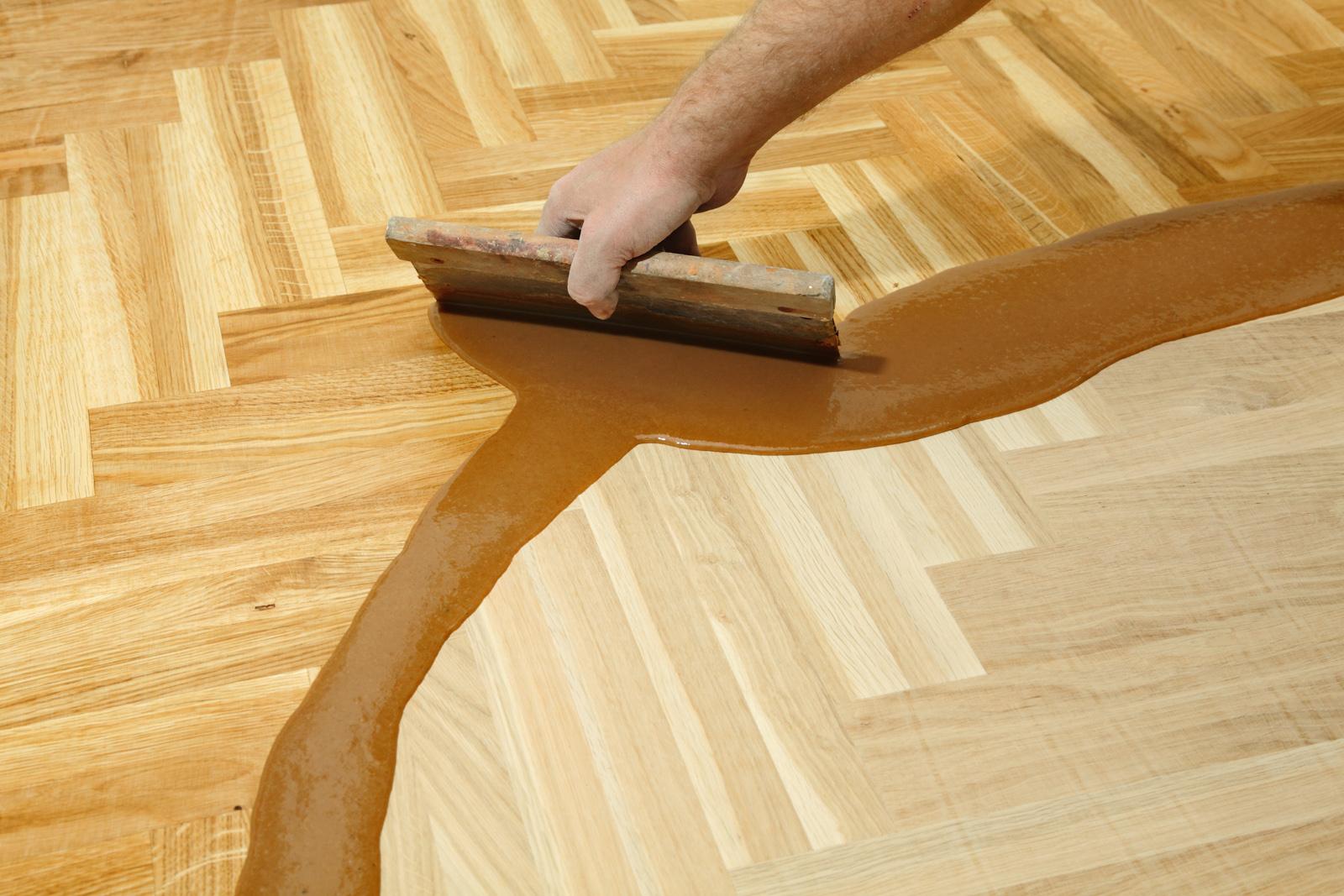 Holzbodenversiegelung